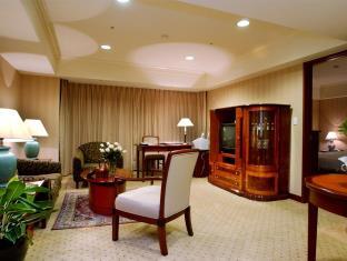 Evergreen Laurel Hotel Taichung (5 Star) - Café Laurel/Evergreen Club