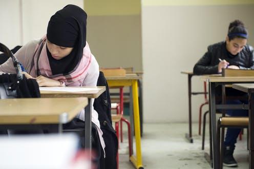 Jika Kita Mendapatkan Pekerjaan dengan Curang, Apakah Gajinya Halal?